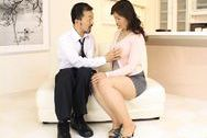 Hitomi Kurosaki Mature Asian chick is very sexualjapanese boobs, hot tits