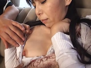 Mature Japanese AV Model enjoys bang bus fuck