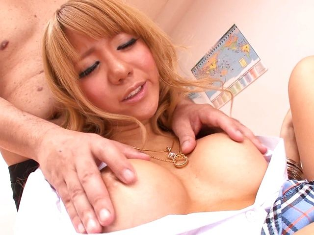 Cum thirsty vixen Asuka Hoshi enjoys amazing threesome sex