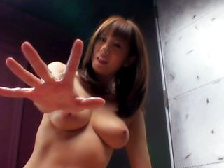 Yuma Asami Hot Japanese model shows off her acting talent