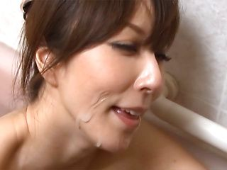 Reiko Sawamura naughty Asian mature bathes with her boyfriend