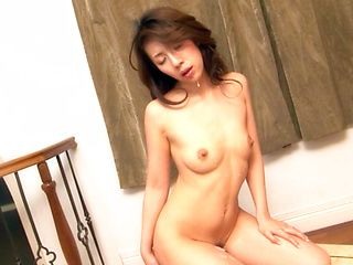 Misa Yuki Amazing Asian milf is sexy