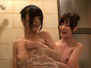 Lori And Her Schoolgirl Friend Bathe Each Other´s Bodiesjapanese sex, sexy asian, cute asian}