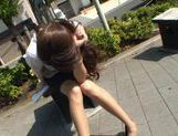 Ameri Ichinose masturbates in the car picture 15