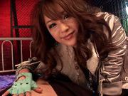 Mihiro puts her mouth and hand to a good use in blow&handjob action