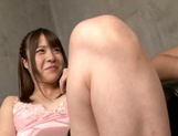 Toy insertion in pink pussy of Suzuki Kokoba picture 14