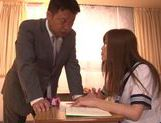 Teacher Gives Schoolgirl Rina Kato His Dick In Class picture 3