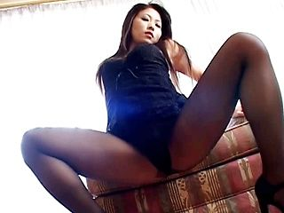 Amazing Japanese lady spreads her sexy legs