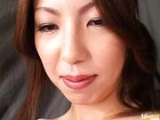 Tomoe Hinatsu Asian MILF in lingerie has sex