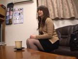 MILF Toy Fucking With Japanese Hottie Ren Mukai picture 10