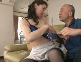 Hot milf Marina Matsumoto gets deep penetrating fuck picture 13