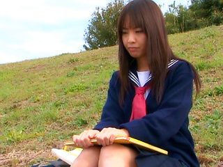 Hikaru Ayuhara sexy Japanese schoolgirl