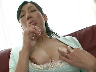 Solo girl session with Asian babe Ayumi Takanashi