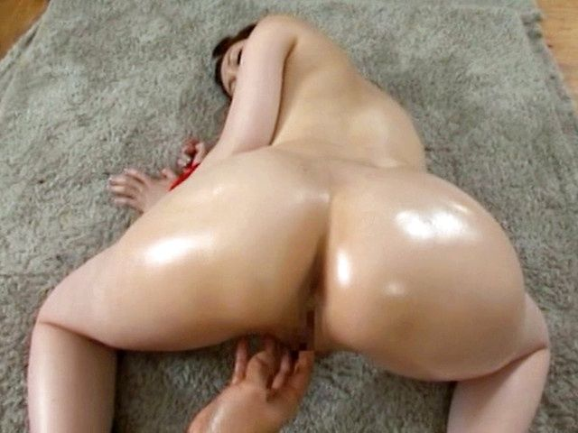 Hot milf Yui Tatsumi cock sucking with nice pussy drilling