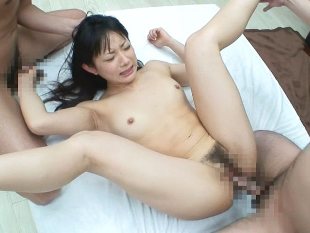 A Threesome That Ends With A Facial Makes Nanami Honda Happy