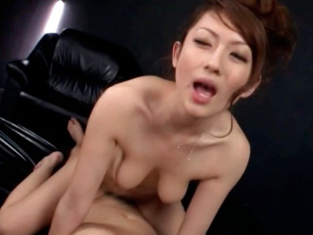 Asian chick enjoys a good pussy teasing and drilling