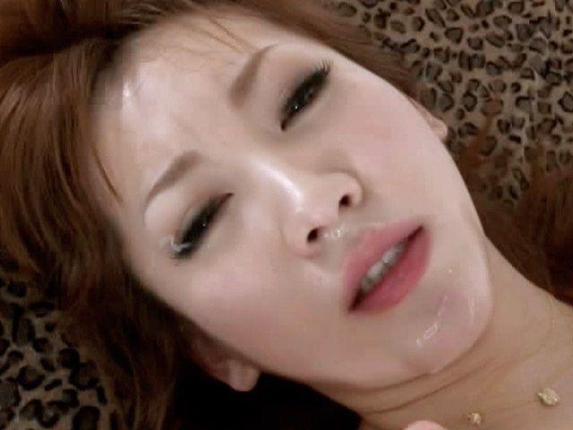 Kinky Asian babe gets a nice facial