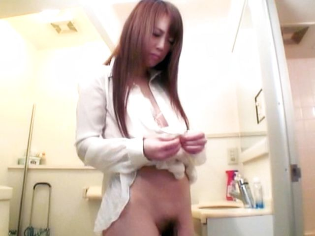 Nazuna Otoi Japanese model is sweet