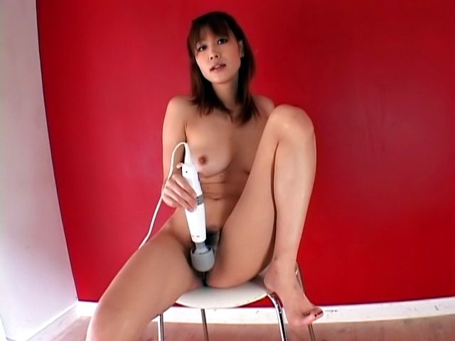 babetie milf Ai Kurosawa is hot as hell in a solo masturbation scene.