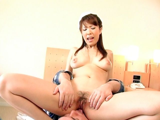 Shizuku Natsukawa Hot Asian nurse likes sex