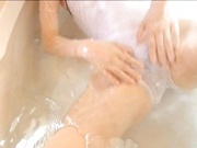 A bath with horny solo babe Ai Haneda!