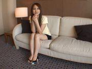 Japanese hottie fucking in her high heels