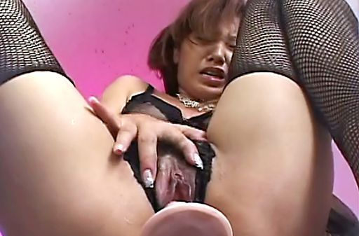 Close Up View Of A MILF In Black Lingerie Getting Off