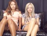 Hot chicks Julia Tachibana and Runa Asahi fuck with toys picture 2