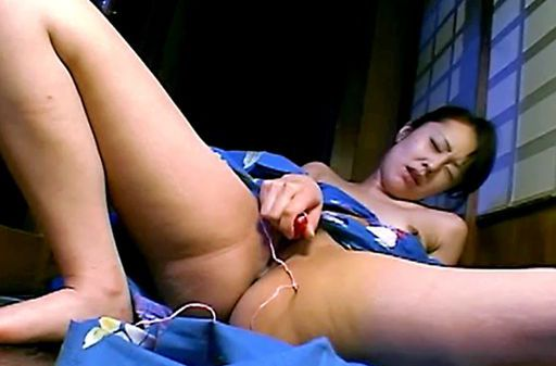 Mature Woman In A Kimono Fucks Herself With A Vibrator