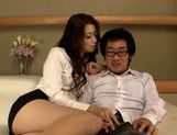 Hot milf Kamika Ichijou pleases her naughty boss picture 3