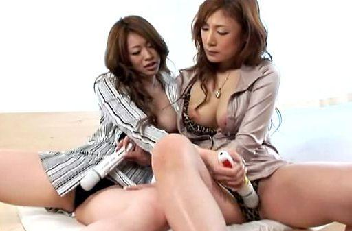 Horny Natsu and Seira lesbian action!