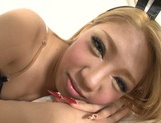 Rumi Hamasaki amazes in pure Asian oral session