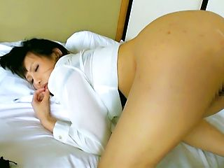 Sexy Japanese model likes it from behind