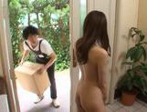 Cute Japanes girl Arisu Miyui gats fucked by the handyman