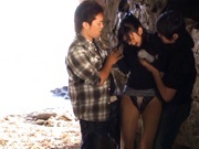 Kinky Nana Ogura toys insertions in a cave!