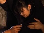 Kinky Nana Ogura toys insertions in a cave!