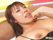 Hot Threesome Stretches Out Her Shaved MILF Pussy