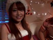 Akiho Yoshizawa enjoys a xmas threesome!