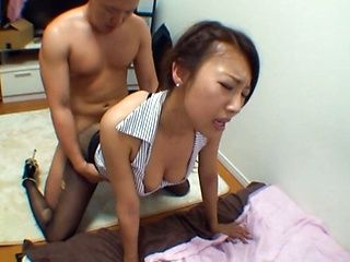 Mai Yuzuki lovely Asian babe gets bukkake