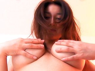 Mai Uzuki Japanese model has cute Asian tits
