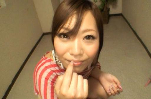 Maya Kanade Japanese model gives a blowjob