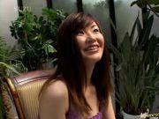 Aika Anzai in sexy lingerie hot handjob