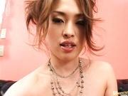 Hikaru Hozuki Sweet Asian girl masturbates