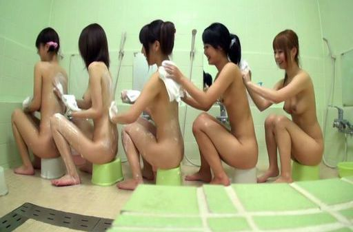 Bathhouse naked Japanese women with peeping dude Mako Higashio