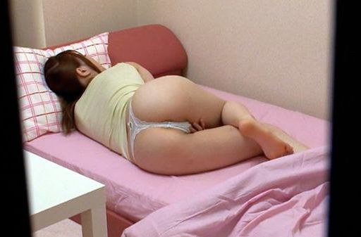 Momoka Nishina Masturbates Before Going To Bed