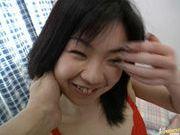 Miki Sawakuchi fingering hairy pussy