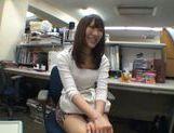 Exhibitionist Rinka Kiriyama Masturbates In Public picture 11