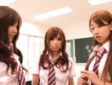 Kokomi Naruse, Hiyori Nanoka and Hinami Kawasumi share one cock in a foursome! picture 7