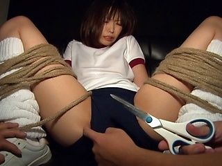 Teen Chika Arimura Massaged To Orgasm With A Vibrator