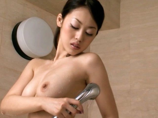 Hot milf Ann Yabuki takes a shower and shaves her armpits for your delight.